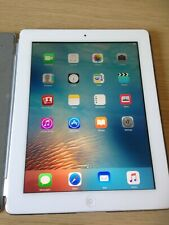 Apple iPad 2 - 32gb memory. White bezel/digitizer. Unlocked