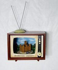 Nib Amusements Large Musical Retro Tv Downton Abbey Rotating Cars - 8 Xmas Songs