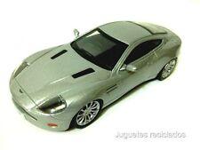 1/43 ASTON MARTIN V12 VANQUISH IXO AGOSTINI DIECAST MODEL CAR