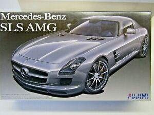 Fujimi 1:24 Scale Mercedes-Benz SLS AMG Model Kit - New - Kit # 123929.1/24.3500