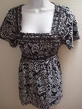 top blouse large l black white floral print short sleeves stretch casual womens