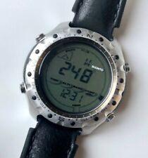 SUUNTO METRON Military Watch Altimeter Barometer Compass Metron HR