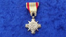 ^ a20-132 us vietnam honor Medal 1. clase