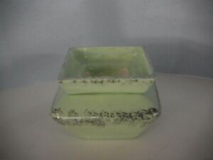 SMALL SQUARE MINT GREEN AND WHITE GOLD AFRICAN VIOLET CERAMIC POT/PLANTER