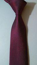 NEW KENNETH ROBERTS Silk Necktie Modern PLATINUM Dark RED Textured Geometric