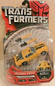 Transformers 2007 Movie Deluxe Class Bumblebee Camaro Classic Mode New