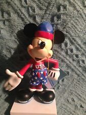 NOS WESTLAND GIFTWARE MICKEY THROUGH THE YEARS INSPIRATIONS ICESKATER