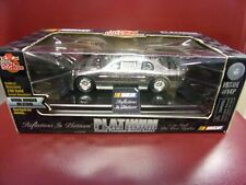 Racing Champions NASCAR  #25 PLATINUM METAL WALLY DALLENBACH 1/24 SCALE