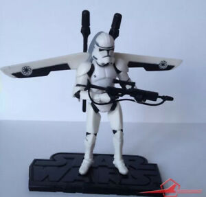 Star Wars Action Figure. Clone Trooper W/ Firing Jet Backpack. Rots. HASBRO 2005
