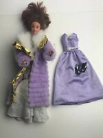 Barbie With Fully Movable Head/waist 2 Dresses Shoes Coat 1965 Mink Coat Vintage