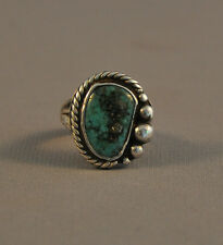 VINTAGE NAVAJO SILVER RING - TURQUOISE STONE WITH SILVER BEADS TWISTED WIRE SZ 9
