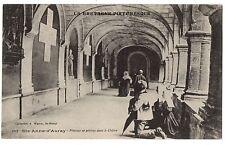 CPA 56 - SAINTE ANNE D'AURAY (Morbihan) 5013 Pèlerins en prières dans le Cloître