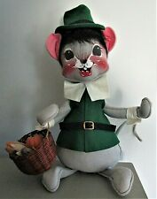 "Vintage 1992 Annalee U.S.A.Thanksgiving Pilgrim Mouse w/Basket of Corn 15"" Tall"