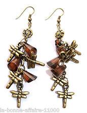BOUCLES D'OREILLES FANTAISIE PENDANTE libellule perle coloris ambre tenue soirée