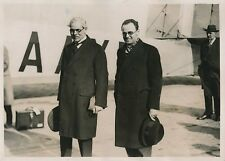 PARIS c. 1930 - Ramsay MacDonald - Pierre Cot Politiciens à l'Aéroport - PRM 405