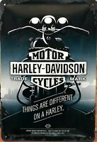 PLAQUE METAL  vintage HARLEY DAVIDSON things are différent - 20 x 30 cm