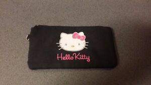Trousse porte monnaie noir Hello Kitty comme neuf