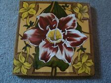 Antique Lily ceramic tile   21/387Y