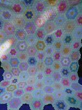 """Vintage 1930s/40s Grandmothers Garden Handmade Quilt 78"""" x 100"""" Pastels"""