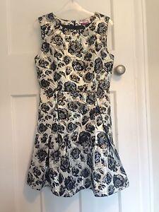 """Joe Brown's """"Roxy's Favourite"""" Black Silver Satin Dress Size 10/12"""