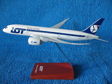 Boeing 787 Dreamliner  LOT Polish Airlines  1/200 LUPA