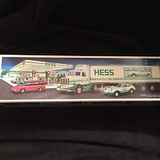 NEW 1992 Hess 18 Wheeler And Racer  Unopened Box with Working Lights