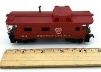 HO Scale Train Pennsylvania 15723 Caboose Red