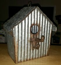 VTG Decorativc Metal Bird House Flowers/Metal Roof L 8 1/2 x W 5 x H 9 3/4 In.