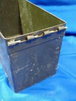 RARE Vietnam Protest VTG ANTI-RIOT WHITE SMOKE GRENADE GREEN METAL AMMO BOX