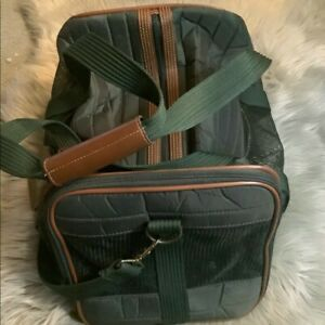 Pre-Owned Sherpa Deluxe Pet Carrier!!!