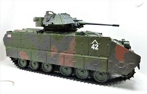 2007 Unimax Forces of Valor US M3A2 Bradley IFV Tank Vehicle 1:18, No Driver