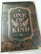 "G-Dragon 1st Mini Album ""ONE OF A KIND"" :: CD+Photo+Lyric insert+Gift Mini Photo"