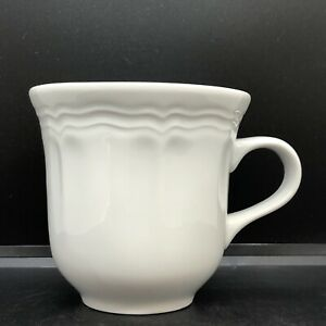 """Williams-Sonoma Pillivuyt Queen Anne Coffee / Tea Cup Made In France 3 1/2"""" 8oz"""