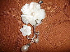 Lovely Mother-of-Pearl Flower Pendant with Fresh Water Pearls