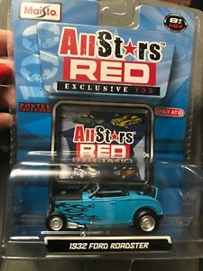 MAISTO All Stars Red Exc. 100 - 1/64 - 1932 Ford Roadster (blue/Black Flames)NIP