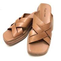 Bare Traps Womens 9.5 M Melinda Leather Upper Square Toe Sandals