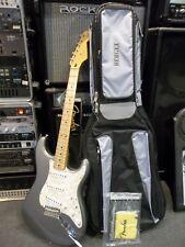 Fender Deluxe Powerhouse Strat 2002 New, sliver grey Waranteed, padded gigbag