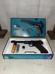 Vintage Daisy CO2-200 Semi Automatic Gas Pistol with BoxMINTY UNTESTED