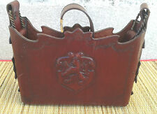 Ancien petit sac en cuir épais,embléme lion, made in Italie, old  hand bag