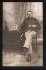 oude postkaart van foto soldaat ,,zie foto's ,,O 35 ,,ook thuis afhalen ,,