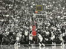 "NBA Chicago Bulls MICHAEL JORDAN (Last Shot) 16"" x 24"" Framed Canvas Print"