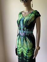 Gorgeous Elegant Roberto Cavalli Crystal Printed V- Neck Dress. Size: IT-40