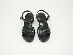 SAS Crissy strap patent sandals 9 N