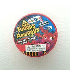FUNGUS AMUNGUS TOYS R US BATCH #2 PETRI DISH 2 FUNGUYS & COLLECTOR FILE