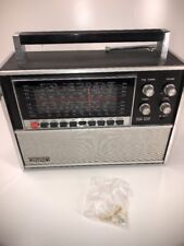 VINTAGE SOLID STATE EIGHT BAND WORLD RADIO RECEIVER  9n11b-120a LLOYDS Works !!!