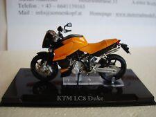 KTM LC8 Duke 2002 Top Model 1:24