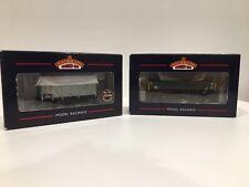 BACHMANN 37-775C + 38-012 - Lot 2 wagons en HO - État neuf