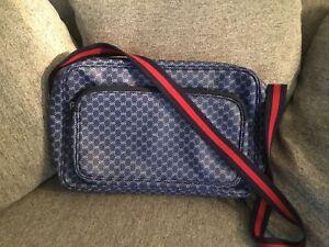 Gucci Vintage Monogram Messenger Laptop Travel Bag Briefcase Mint Condition