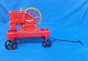 "New Holland 100th Anniversary Engine, 1/8 Scalre, Ertl ""Hit and Miss"" Replica"