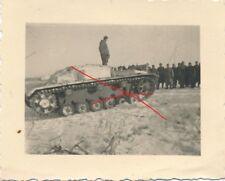 Nr 16965 Foto Deutsche Soldaten  Beute Panzer Rußland